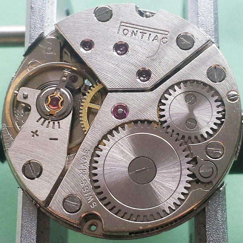 Peseux caliber 320 mechanical watch movement