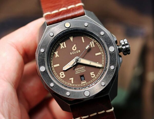 BOLDR Cali Umber limited edition microbrand diver