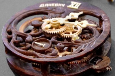 Valerii Danevych Wooden Watch Movements